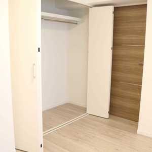 上野の森リリエンハイム(5階,4699万円)の洋室(2)