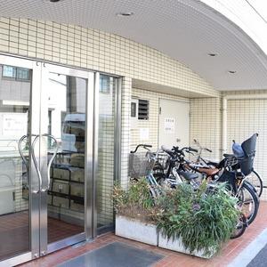 上野の森リリエンハイムのマンションの入口・エントランス