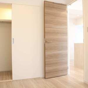 朝日根津マンション(7階,4599万円)の洋室(2)
