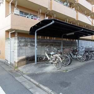 ライオンズマンション東長崎第2の駐輪場