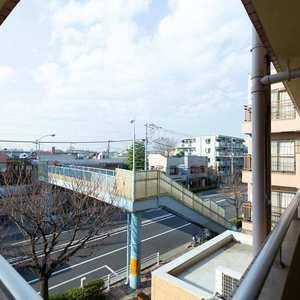 ライオンズマンション東長崎第2の共用ロビー