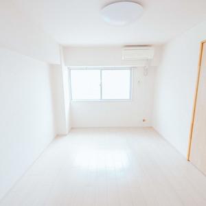 日商岩井恵比寿マンション(2階,5580万円)の洋室