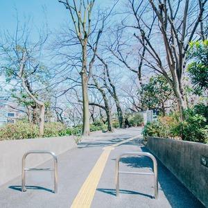 駒込タウンブリーズの近くの公園・緑地