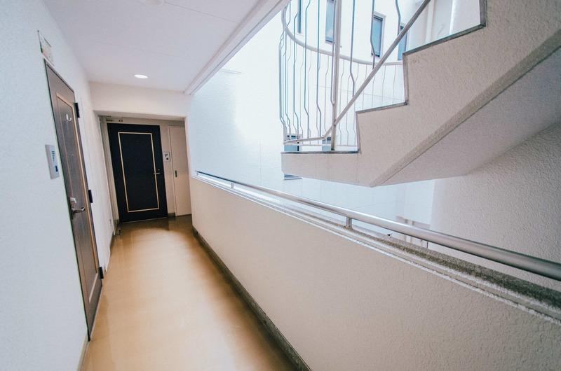 駒込タウンブリーズのフロア廊下(エレベーター降りてからお部屋まで)1枚目