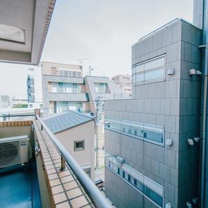 駒込タウンブリーズ(4階,)のバルコニー