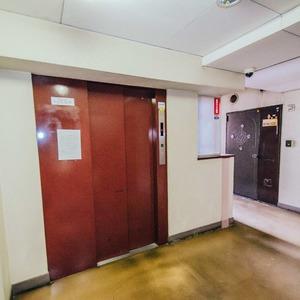シティハウス駒込のエレベーターホール、エレベーター内