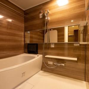 グランヌーブ中野(2階,6480万円)の浴室・お風呂