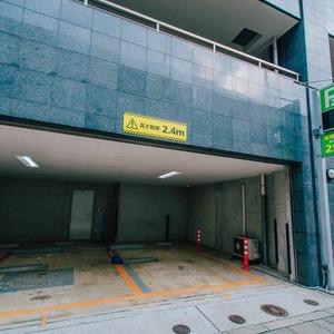 メインステージ上野の駐車場