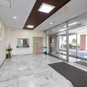 豊島ハイツのマンションの入口・エントランス