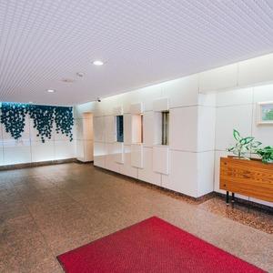 イトーピア六本木のマンションの入口・エントランス