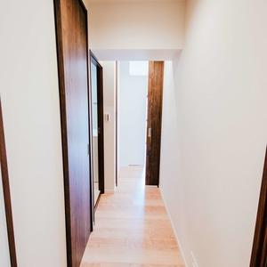 イトーピア六本木(5階,6780万円)のお部屋の廊下