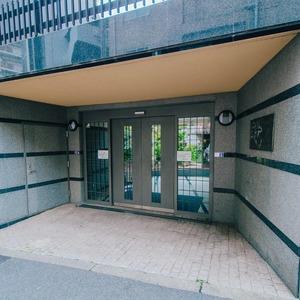 ドミ麻布のマンションの入口・エントランス