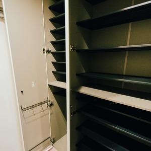 ドミ麻布(5階,8480万円)のシューズインクローゼット