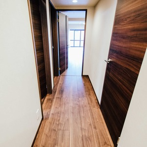 ドミ麻布(5階,)のお部屋の廊下