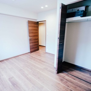 ドミ麻布(5階,8480万円)の洋室(3)