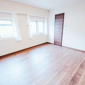 ドミ麻布(5階,8480万円)の洋室(2)