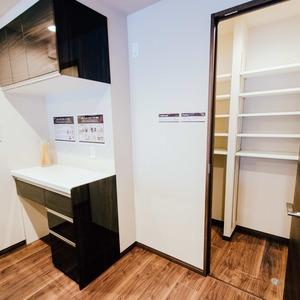 ドミ麻布(5階,8480万円)のキッチン
