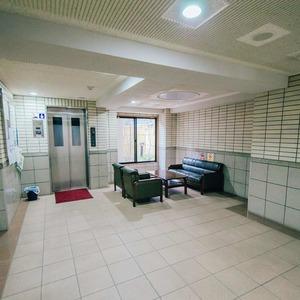 ライオンズシティ浅草のエレベーターホール、エレベーター内