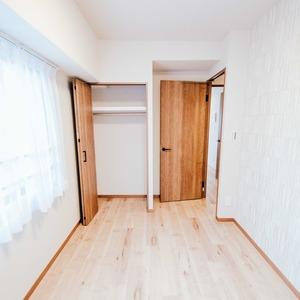 アーバンスクエア浅草(8階,4780万円)の洋室(2)