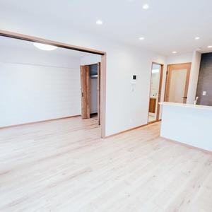 アーバンスクエア浅草(8階,4780万円)の居間(リビング・ダイニング・キッチン)