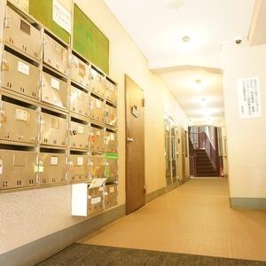 湯島イガラシマンションのマンションの入口・エントランス