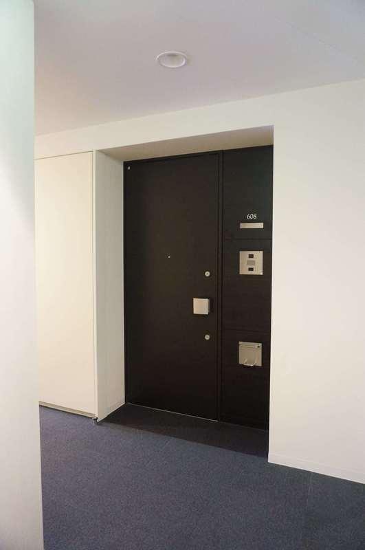 プリズムタワーのフロア廊下(エレベーター降りてからお部屋まで)1枚目
