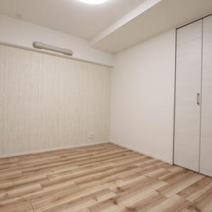 メイツ新宿なつめ坂(2階,4380万円)の洋室(2)