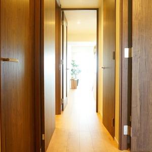 アーバンクリスタル九段下(8階,)のお部屋の廊下