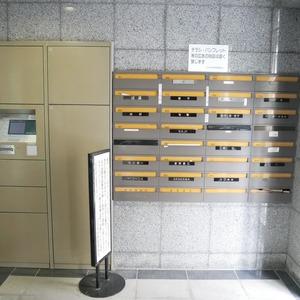 コスモ中野のマンションの入口・エントランス