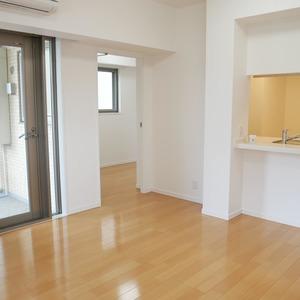 グローリオ錦糸町(2階,4190万円)の居間(リビング・ダイニング・キッチン)
