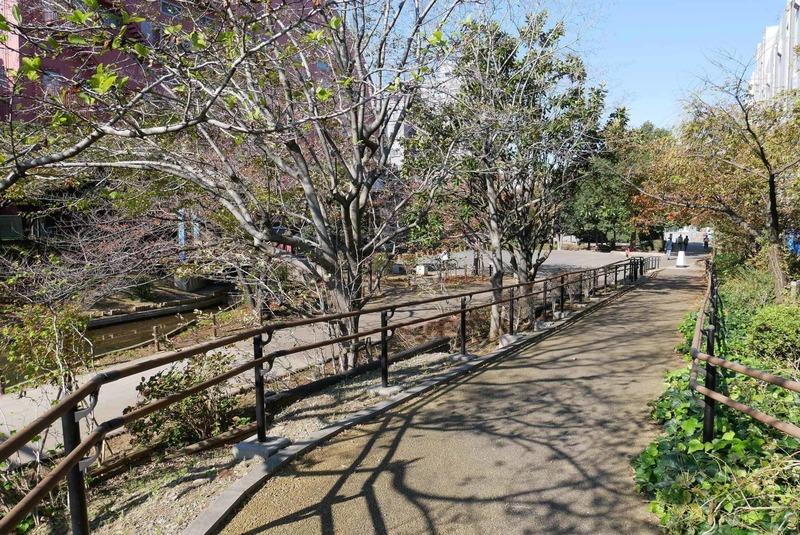 グローリオ錦糸町の近くの公園・緑地1枚目
