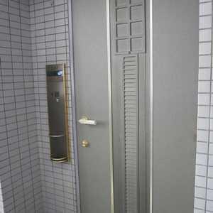 ライオンズシティ両国(11階,4250万円)のフロア廊下(エレベーター降りてからお部屋まで)
