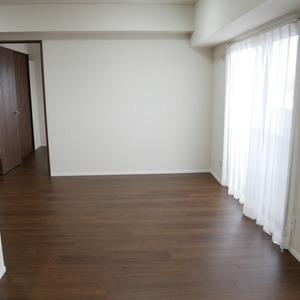 ライオンズシティ両国(11階,4250万円)の居間(リビング・ダイニング・キッチン)