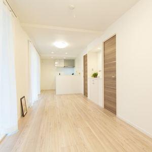 シェモワ新宿(5階,4599万円)の居間(リビング・ダイニング・キッチン)