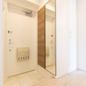 クレスト中野坂上(4階,)のお部屋の玄関
