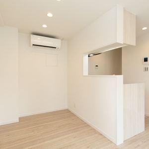 クレスト中野坂上(4階,)の居間(リビング・ダイニング・キッチン)