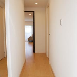 秀和亀戸天神橋レジデンス(9階,3690万円)のお部屋の廊下
