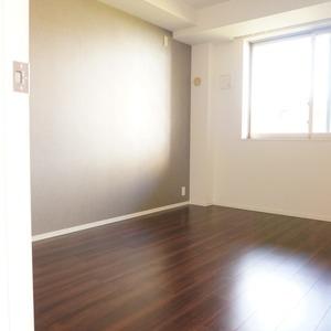 パークホームズ目黒ザレジデンス(4階,1億1200万円)の洋室