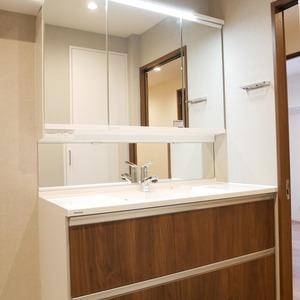 オーベル本所吾妻橋(4階,5499万円)の化粧室・脱衣所・洗面室