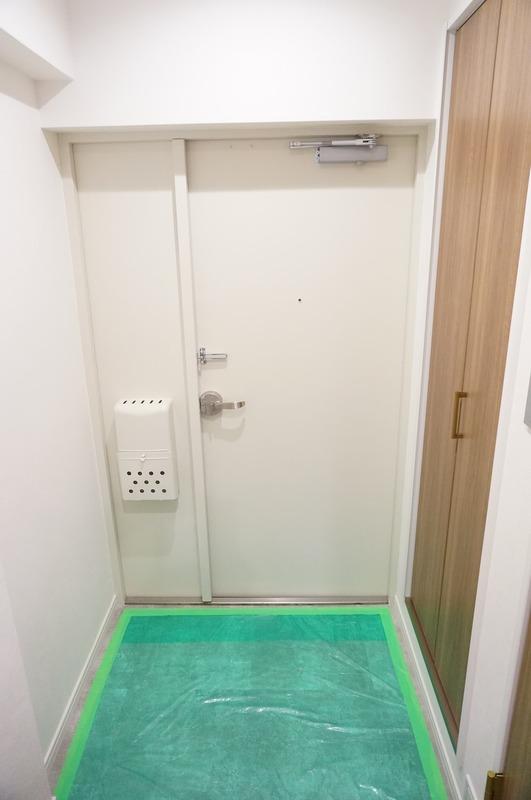 神田小川町ハイツ5299万円のお部屋の玄関1枚目