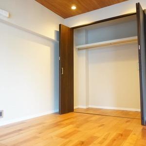 神田小川町ハイツ(5階,4199万円)の洋室