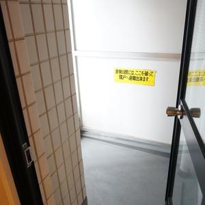 神田小川町ハイツ(5階,4199万円)のバルコニー