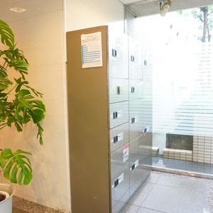 アベニュー音羽のマンションの入口・エントランス