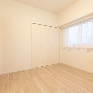 三ノ輪アムフラット(2階,3799万円)の洋室(2)