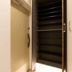 三ノ輪アムフラット(2階,3799万円)のお部屋の玄関