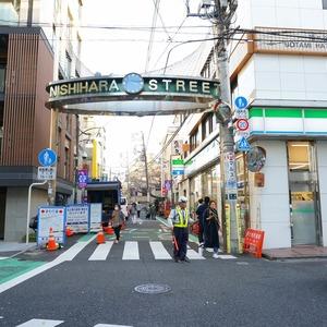 フィールT幡ヶ谷の最寄りの駅周辺・街の様子