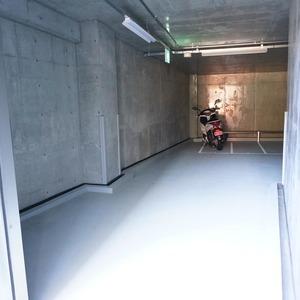 ブリリアタワー代々木公園クラッシィのバイク置場
