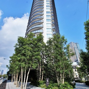 パークコート乃木坂ザ タワーの外観