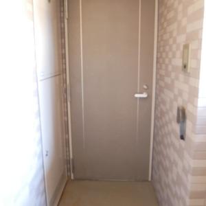 ナイスアーバン浅草(9階,4699万円)のフロア廊下(エレベーター降りてからお部屋まで)