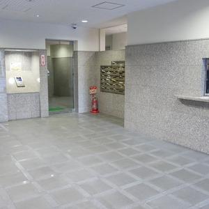 ナイスアーバン浅草のマンションの入口・エントランス